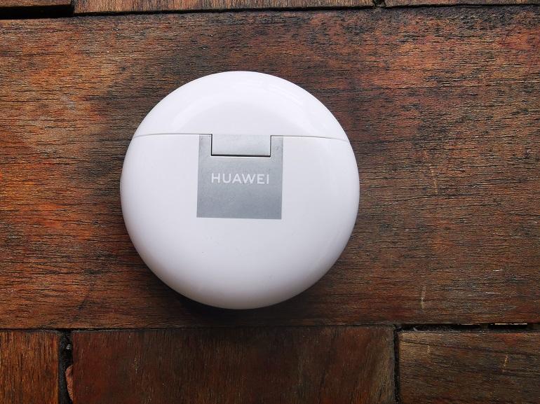 Huawei FreeBuds 4 - boitier chargeur