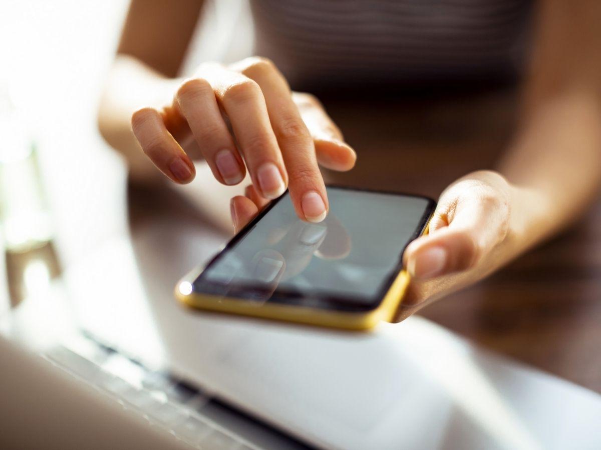 Forfait mobile avec engagement vs sans engagement : quels avantages et quels inconvénients ?
