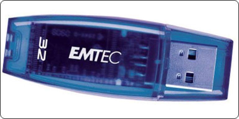 SOLDES : Une clé USB 2.0 32Go Emtec C400 à 27.99€