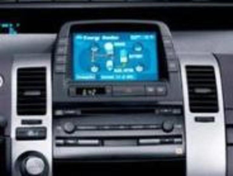 Toyota boude Microsoft et développe son propre système d'exploitation pour automobile.