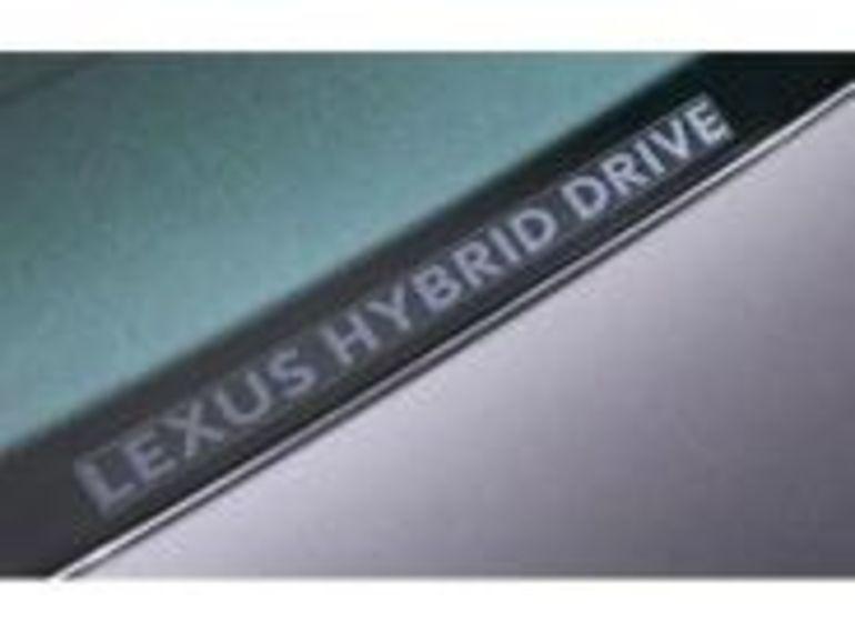 Une nouvelle Lexus hybride en 2009