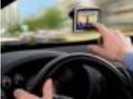 L'Espagne étudie l'interdiction de manipuler un GPS autonome en voiture