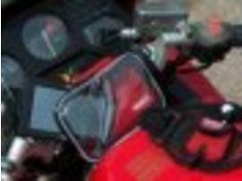 Un kit pour utiliser son GPS en moto