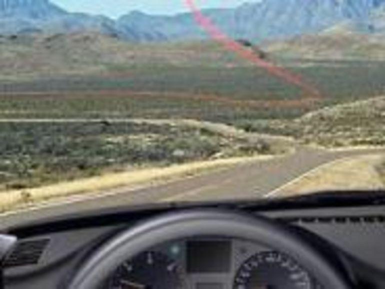 Le GPS vous guide grâce à un fil rouge sur le pare-brise