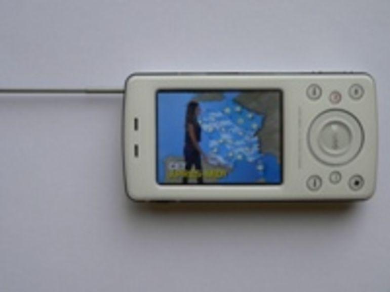 Gigabyte GSmart t600 : le premier smartphone TNT en vidéo