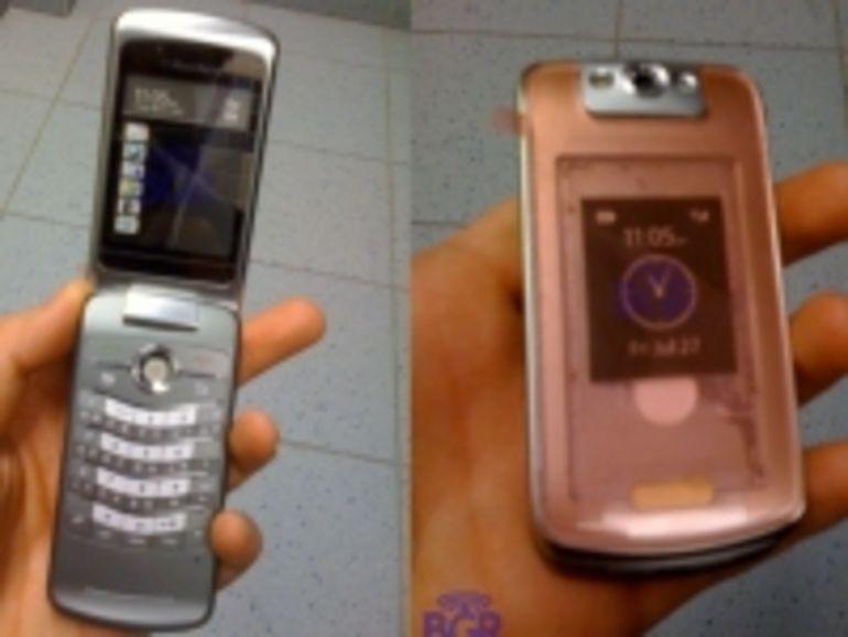 Pour contrer l'iPhone 3G, BlackBerry sortirait son premier téléphone à clapet