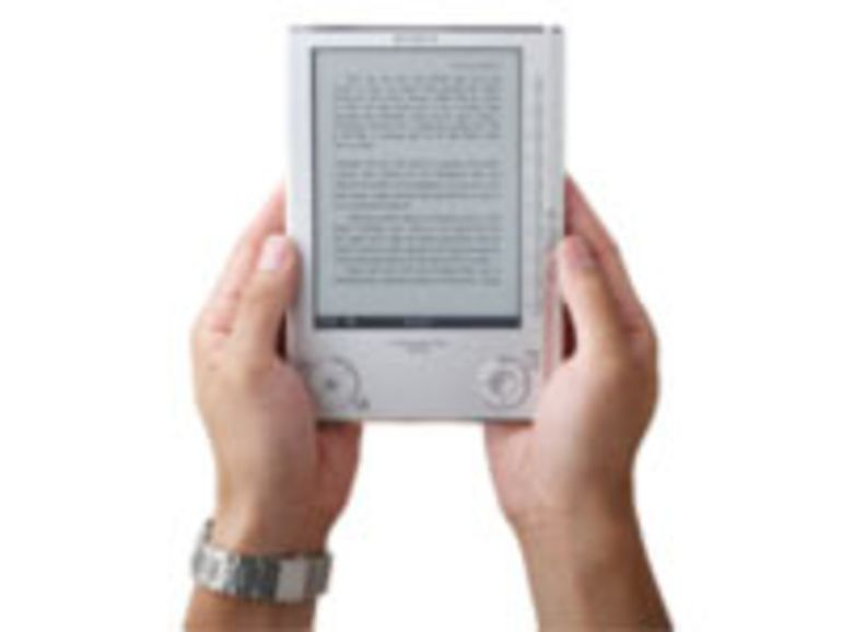 Sony, la FNAC et Hachette lancent une offre de livre électronique en France