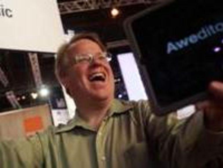 """Tablettes tactiles : pour Robert Scoble """"Apple a devancé Android car ils sont venus avec un appareil qui semble magique"""""""