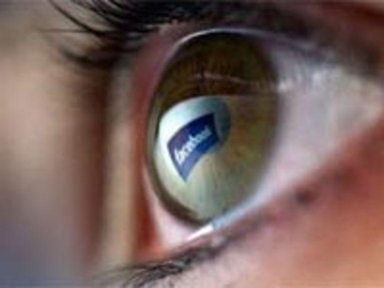 Les internautes américains passent un quart de leur temps sur les réseaux sociaux