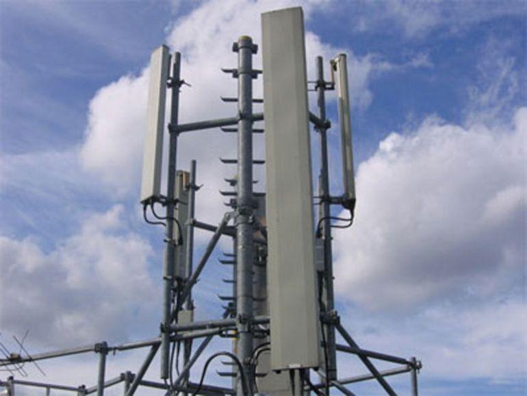 Une étude de l'ANFR se veut rassurante sur l'impact des ondes émises par les antennes 5G