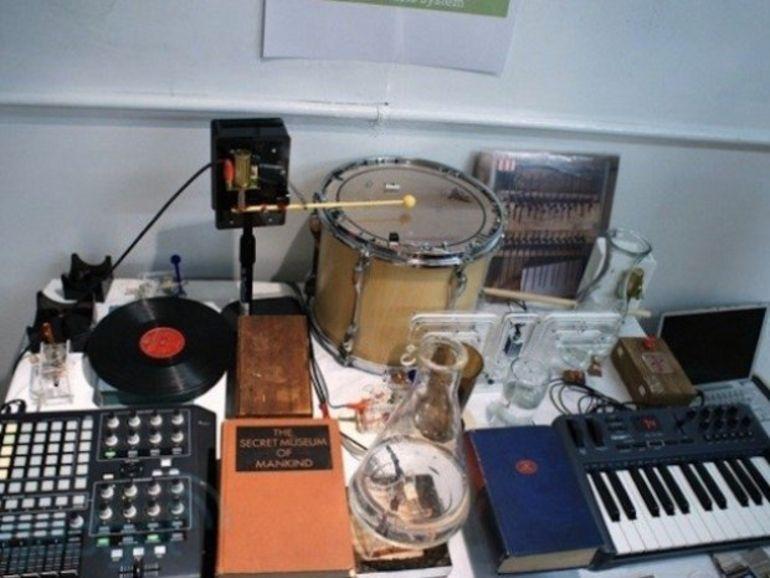 Le système Bricolo : la musique électronique sans ordinateur, ou presque
