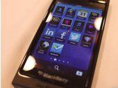 BlackBerry 10 : le modèle avec clavier physique sortira avant juin