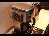 MWC 2013 : Qualcomm présente une machine à café contrôlable par Wi-Fi depuis une tablette