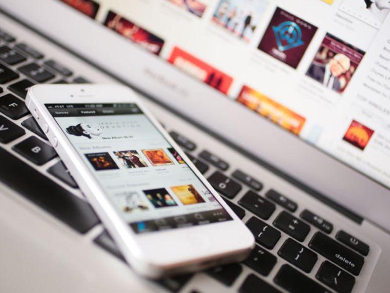 iRadio : Apple signe avec Warner Music
