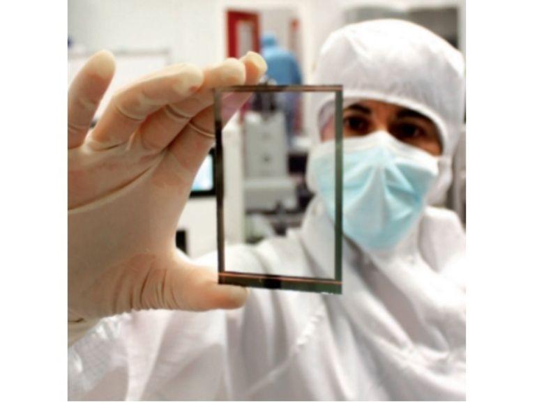 Des smartphones à écran solaire pour la fin de l'année