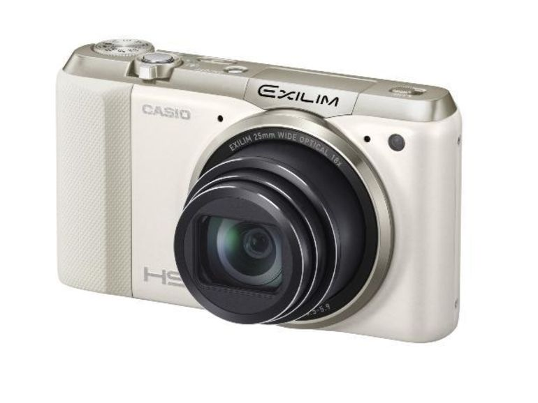 Casio Exilim EX-ZR800 : 16 mégapixels, zoom 18x et grand angle 25 mm