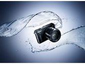 Nikon 1 AW1, un appareil photo hybride étanche jusqu'à 15 mètres