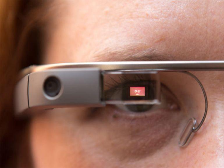 Google Glass au volant : pas aussi dangereux que le téléphone