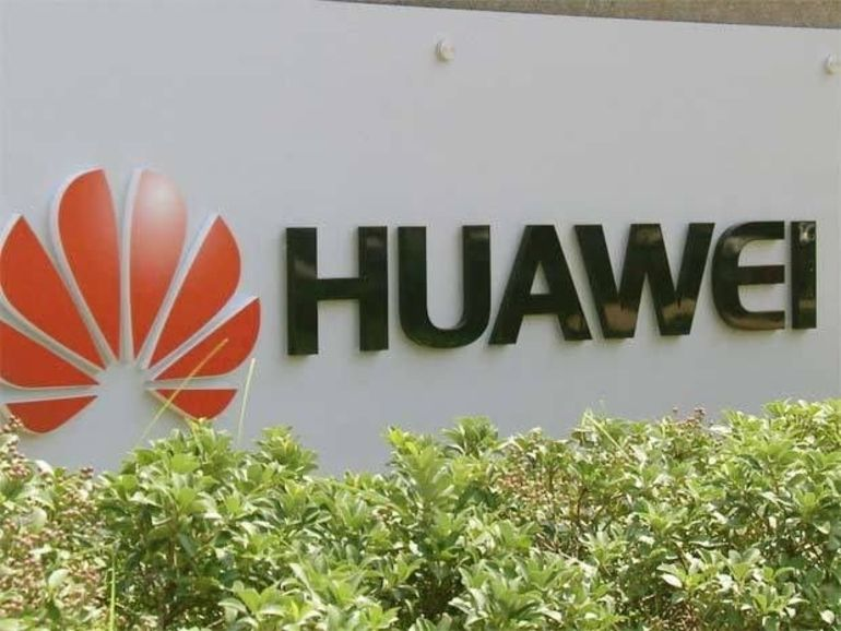 Le Huawei Mate 10 se dévoile avec son écran bord à bord