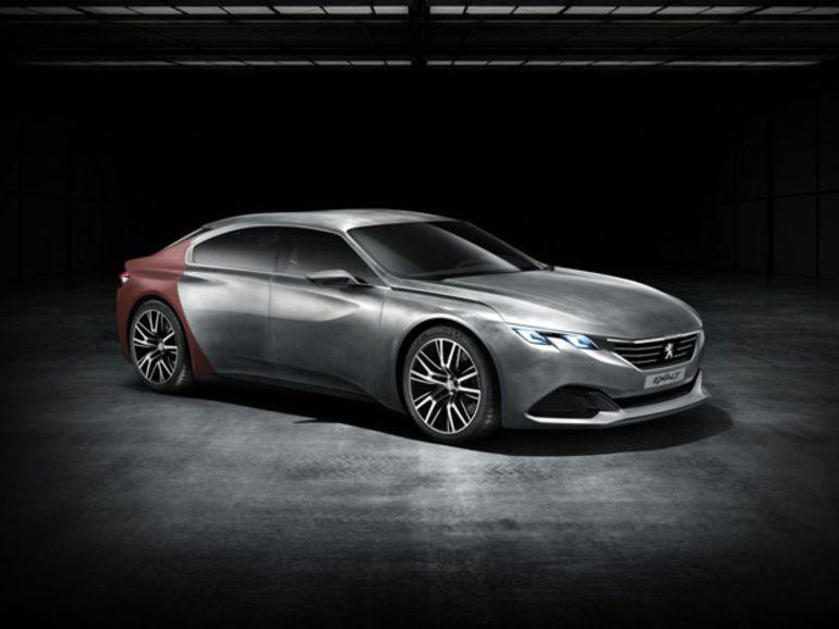 Concept Exalt, un avant goût de l'intérieur des futures Peugeot