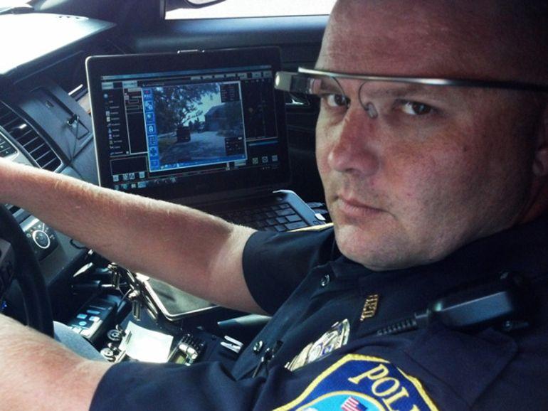 A Dubaï, la police teste les Google Glass