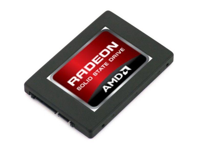 AMD se lance dans les disques SSD avec les Radeon R7