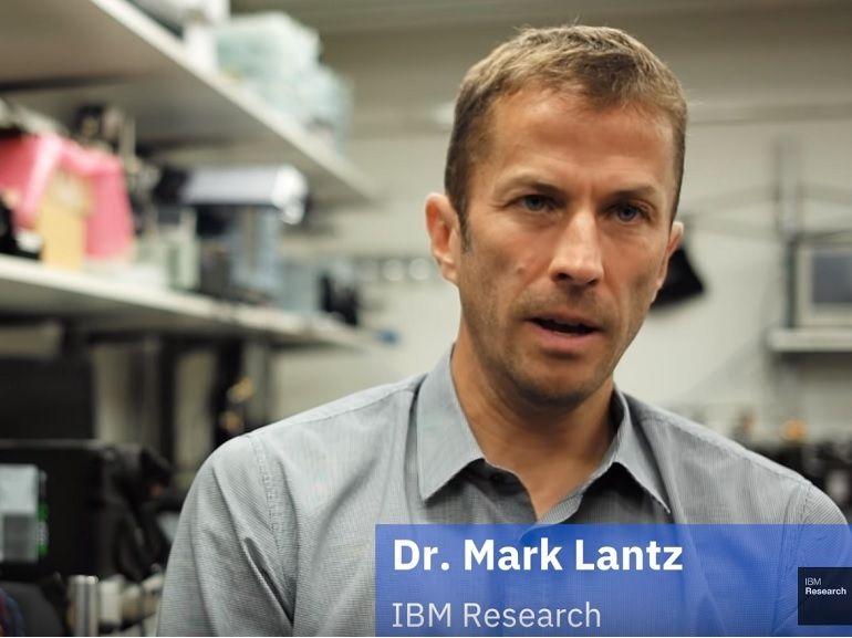 Stocker 330 To de données sur une bande magnétique, IBM et Sony l'ont fait !
