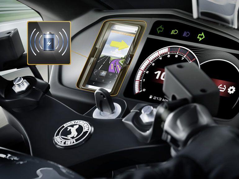 Utiliser un smartphone à moto : la solution sans fil signée Continental