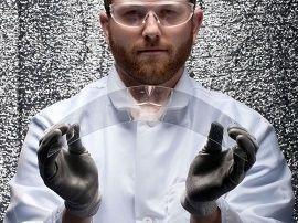 Reportage dans les labos de Gorilla Glass: à la recherche du verre incurvé et inrayable pour le prochain iPhone