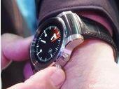 CES 2015 : la Smartwatch LG sous WebOS roule en Audi