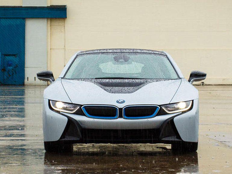 CES 2015 : BMW fait coup double avec éclairage laser et OLED