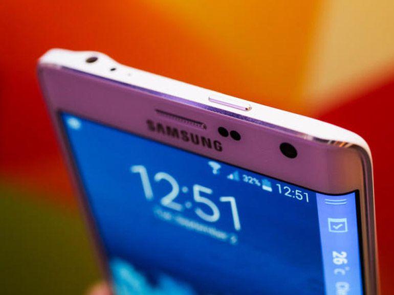 Samsung dépose un brevet pour un écran qui enrobe le smartphone