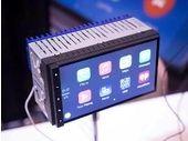 CES 2015 : Parrot RNB6, un kit auto compatible Apple CarPlay et Android Auto