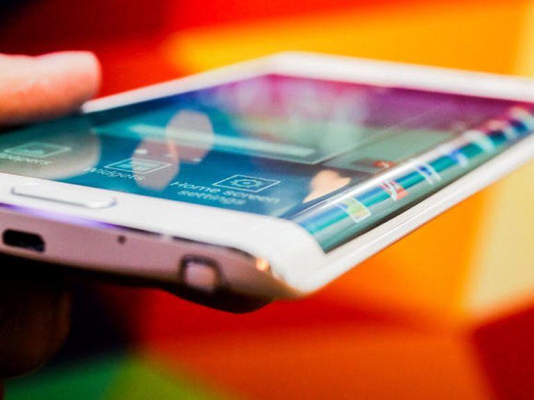 Samsung Galaxy S6 : Office, Skype et OneDrive intégrées par défaut