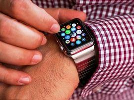 Bon plan : Apple Watch 38 mm, bracelet cuir noir à 249€