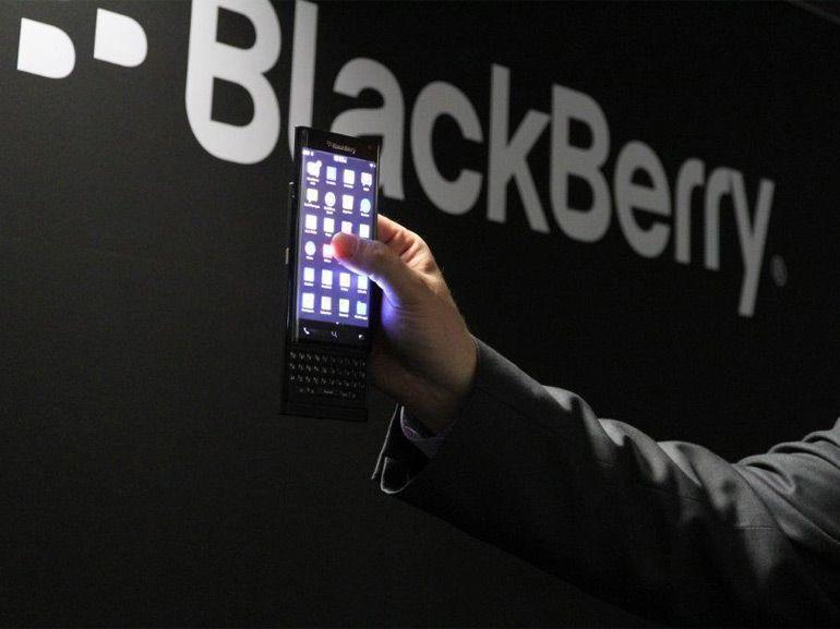 BlackBerry : fini la fabrication de smartphones, place au logiciel