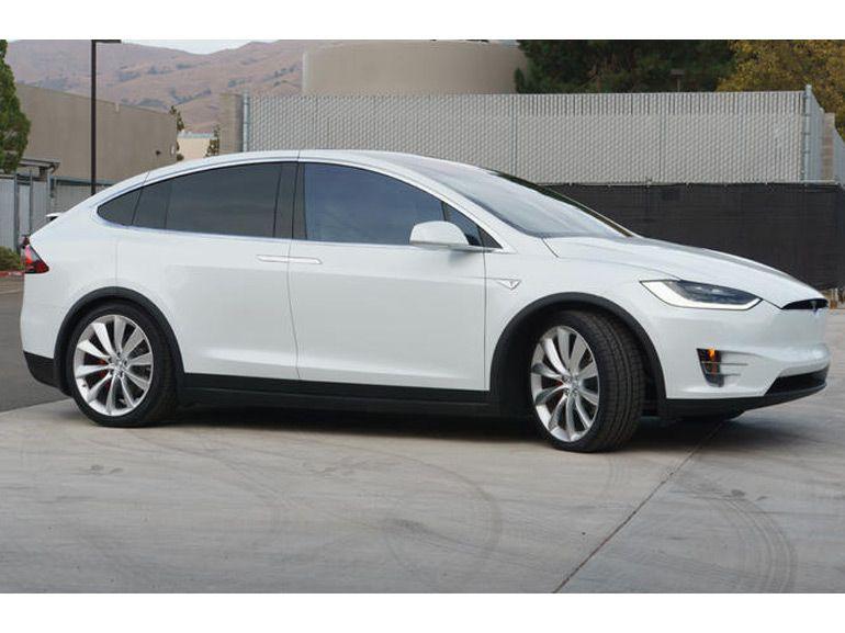 Tesla X : première prise en main