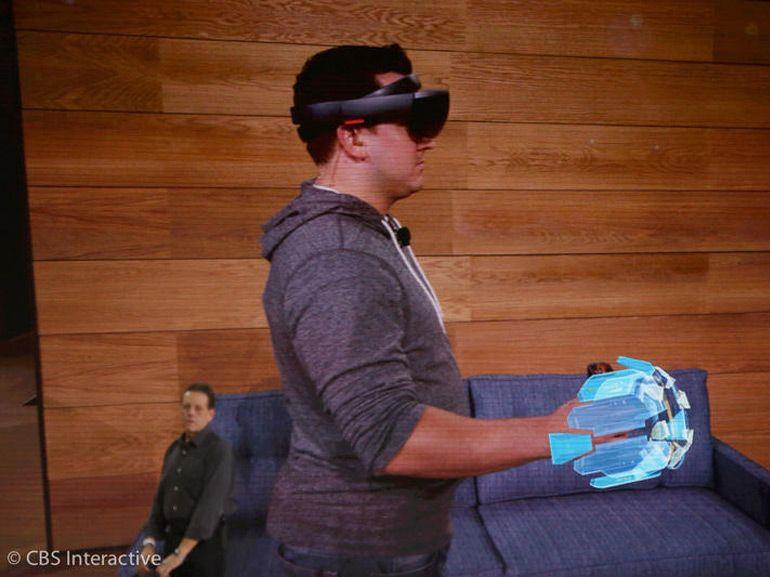 Les Microsoft HoloLens disponibles début 2016 pour 3 000 dollars