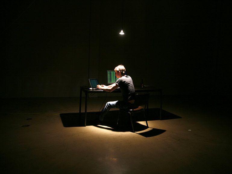 2 milliards de comptes piratés en téléchargement gratuit sur le dark web