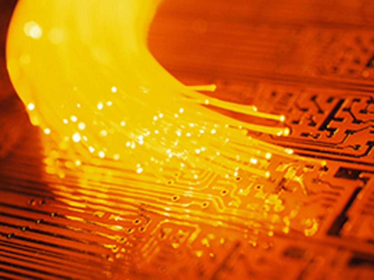 Très haut débit : le déploiement de la fibre s'accélère en France