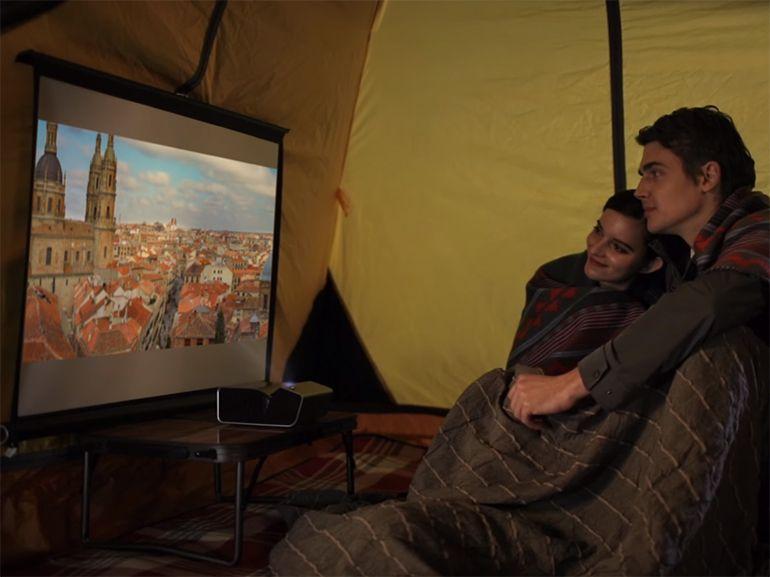LG PH450U et PH150G: deux vidéoprojecteurs nomades pour regarder vos films partout