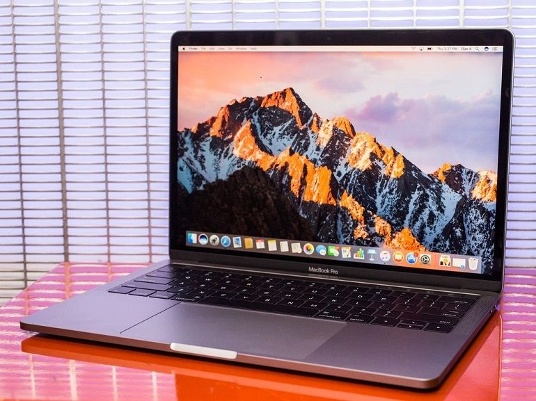 MacBook Pro 13 (2016) avec Touch Bar