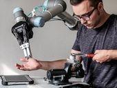Revenu universel : une solution pour contrer les robots et la destruction du travail ?