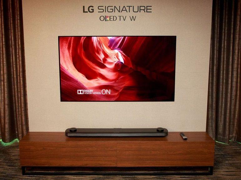 CES 2017 : Le LG W7 est un téléviseur OLED tellement plat qu'on dirait un poster