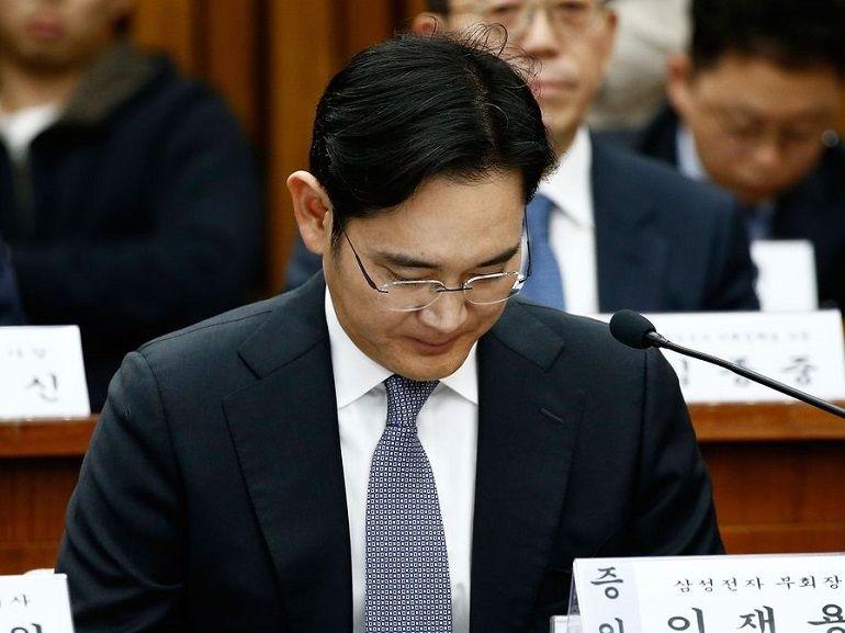 Samsung dans la tourmente, le patron du groupe risque la mise en détention pour corruption