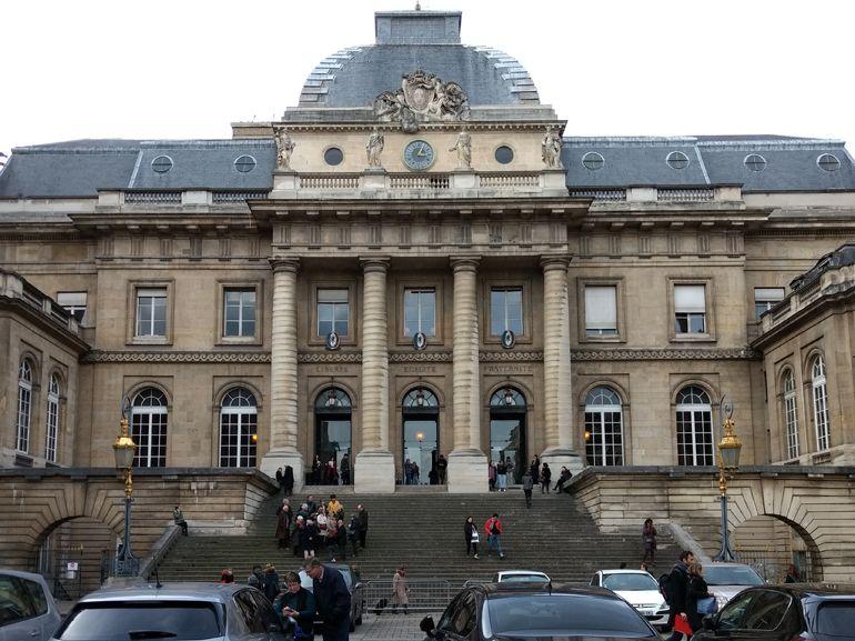 Procès Heetch : 441 000€ à verser aux taxis, le service suspendu