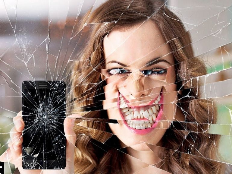 Facebook, Twitter, Instagram : un miroir de moi-même ?