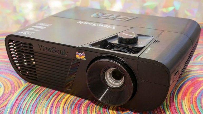 Vidéoprojecteur Viewsonic PRO7827HD : une bonne image, mais beaucoup de latence