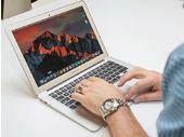 Le nouveau Macbook Air Retina aurait pris du retard