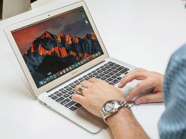 Apple MacBook Air (2017)